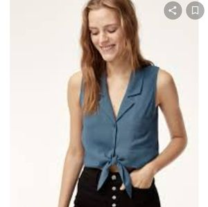 Aritzia Wilfred free sleeveless tie-front top